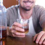 Пьем на брудершафт: для чего и с кем